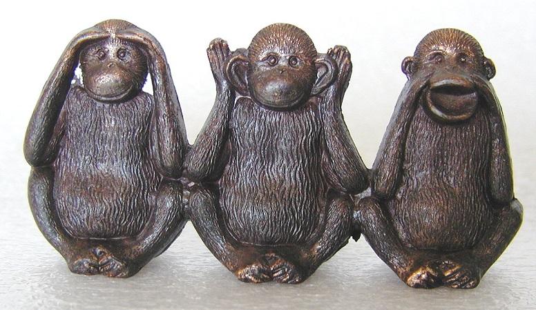 Resguardos y Talismanes: Tres Monos Sabios | Ricardo Latouche