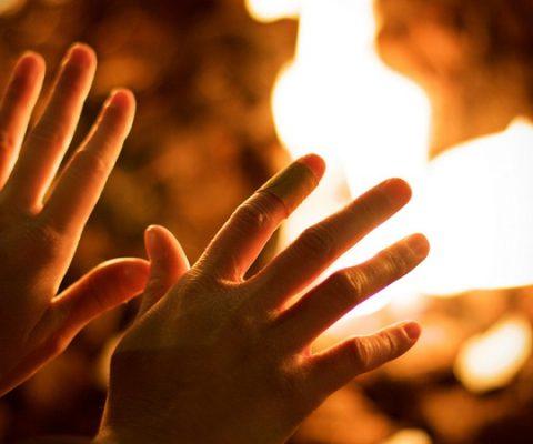 El fuego quema